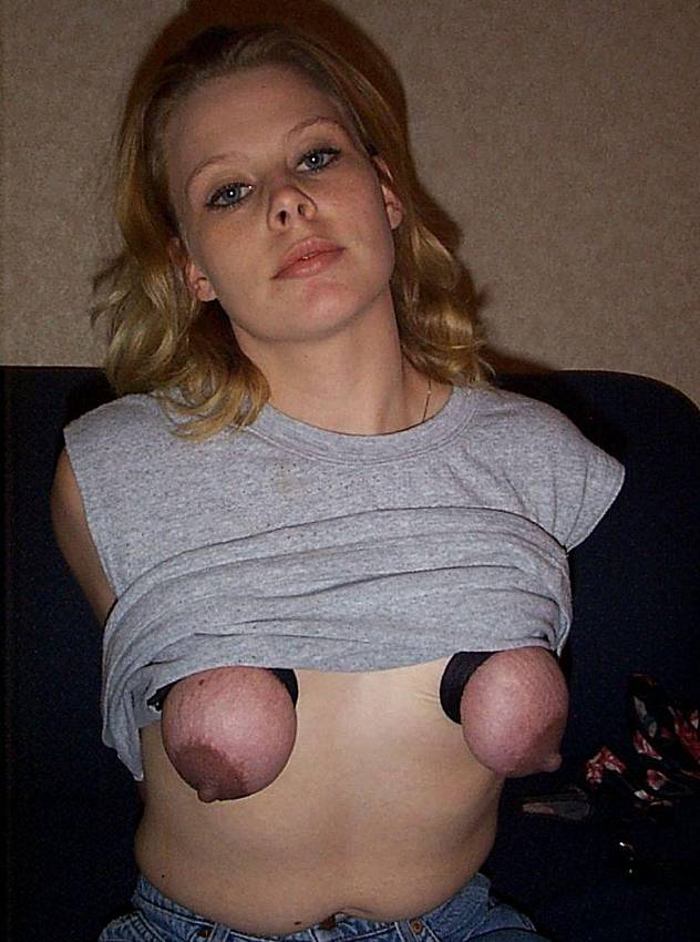 Big black tits side boob