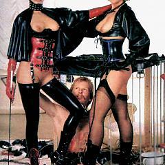 BDSM dominative.